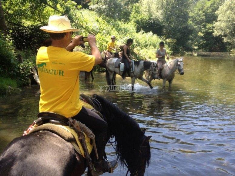 Montar a caballo en Serinya