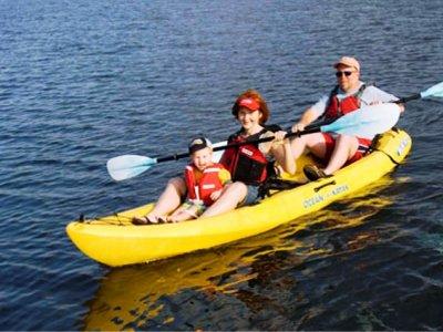 1 hora de alquiler de kayak triple en Islantilla