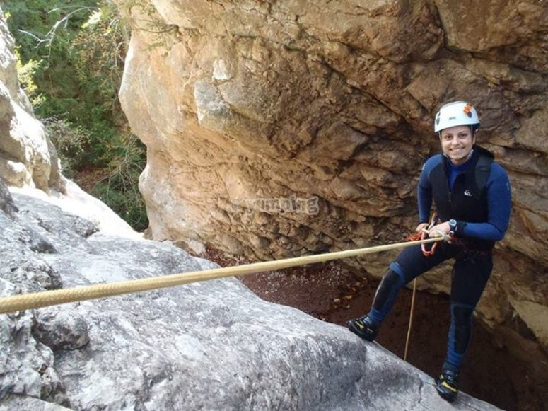 登山运动温泉温泉峡谷瀑布热