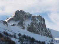Paseos con raquetas de nieve por Fuentes de Invierno