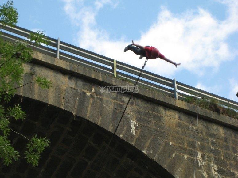 跳跃的瞬间