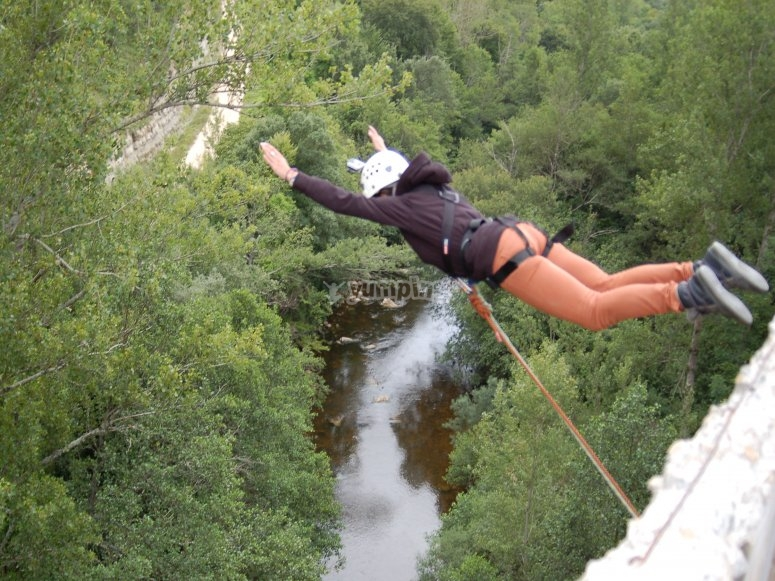 Luogo spettacolare per il bungee jumping