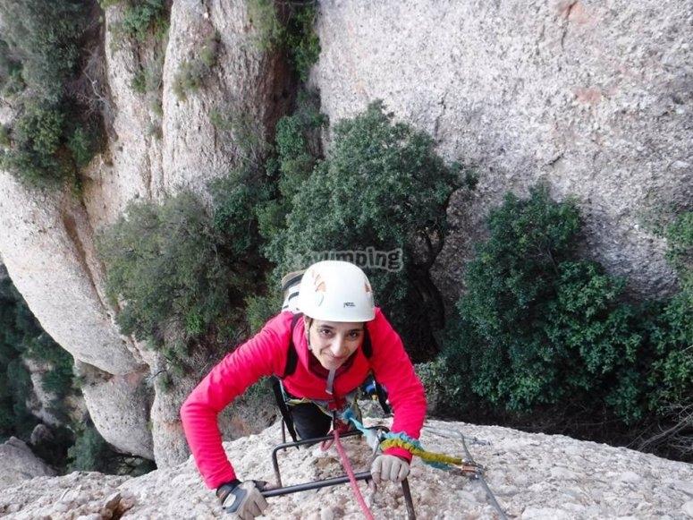 Ascenso por la Teresina en Montserrat
