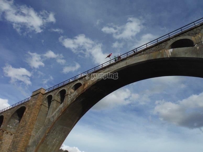 Puente de Alfambra para hacer puenting