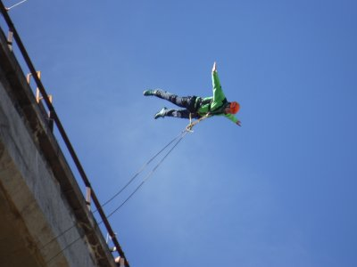 Bungee Jump & photos La Venta bridge in Alfambra