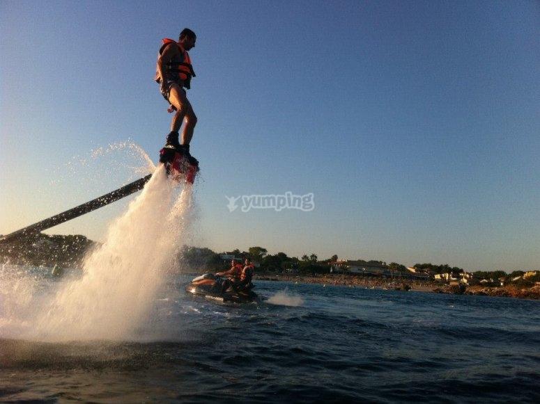 Propulsion con flyboard