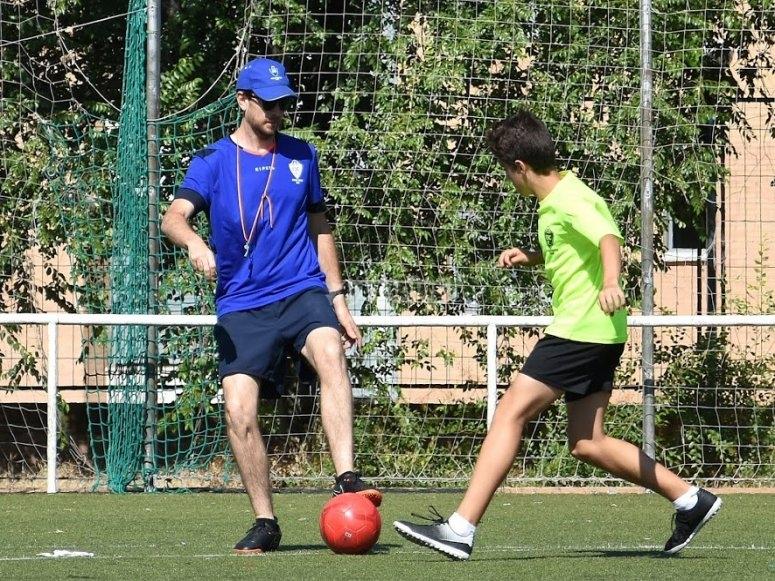 Fútbol y clases de inglés