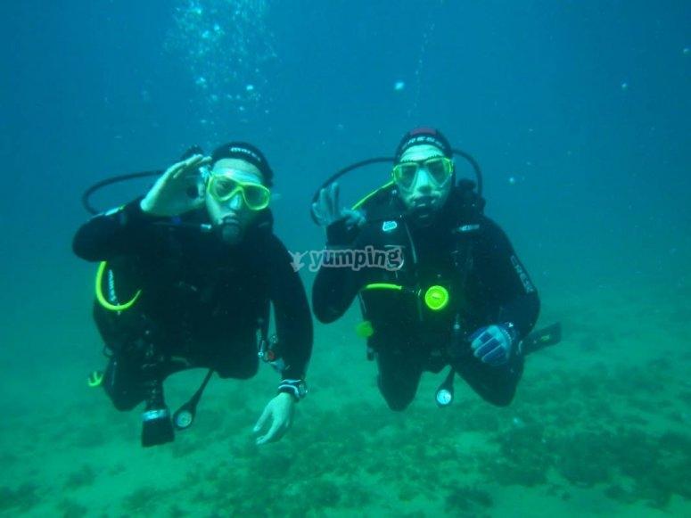 Inmersion en mar abierto en pareja