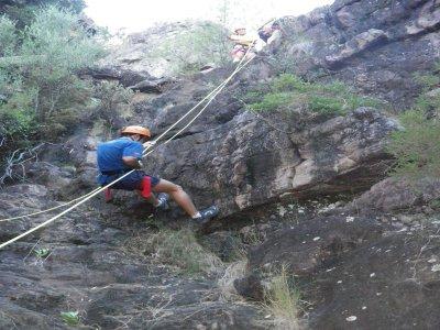 Descenso de barranco seco, nivel 1, Sierra Espadán
