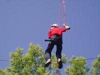 Sujetando la cuerda con firmeza