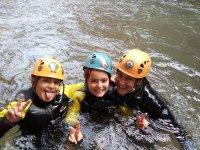 哈卡儿童峡谷漂流 3 小时