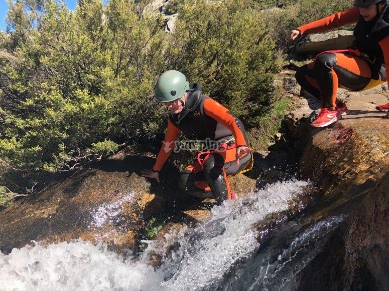 Desciendo la cascada del barranco
