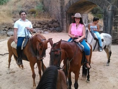 Horseback ride from Arenilla to Mulva, 3 hours
