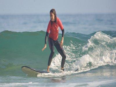 Clase de surf en Laga, 2 horas