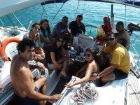 Paseo en barco temporada media, 4 horas