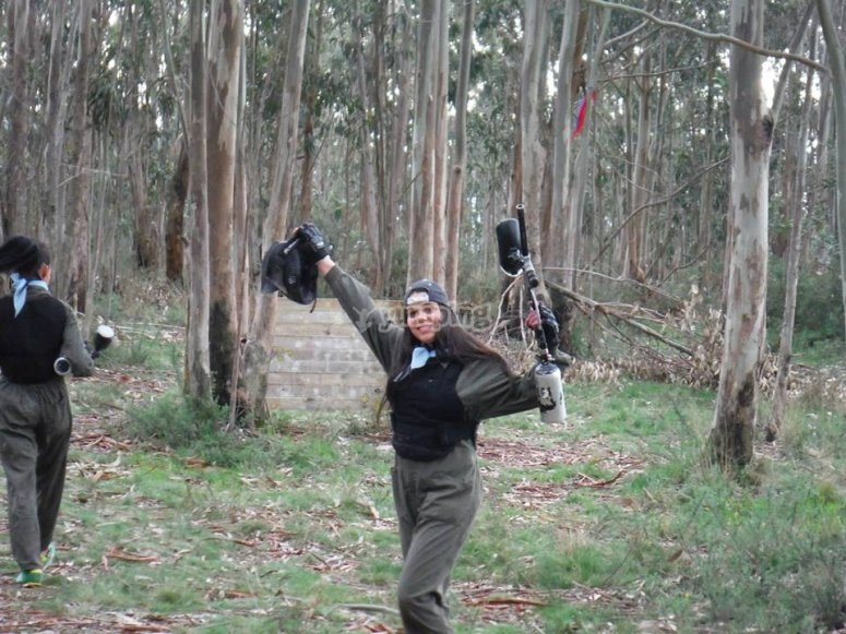 Prepared to play paintball in Zapateira