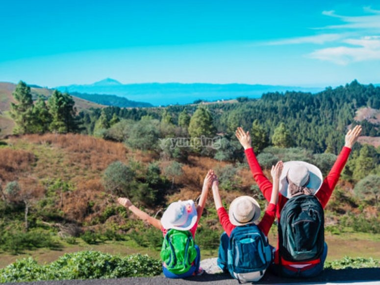 Campamento con excursiones por el parque de Sierra Nevada