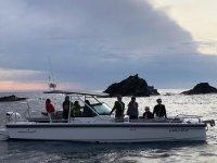Aventuras en barco con amigos