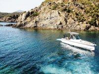 Navegando por el Cabo de Creus