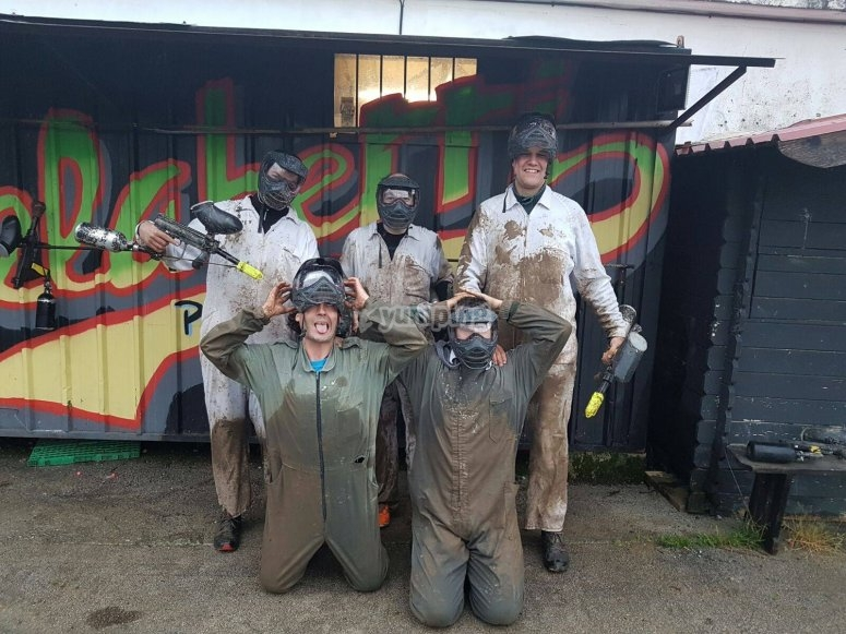 Paintball participants in Renteria