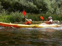 Doppio kayak sul fiume Tormes
