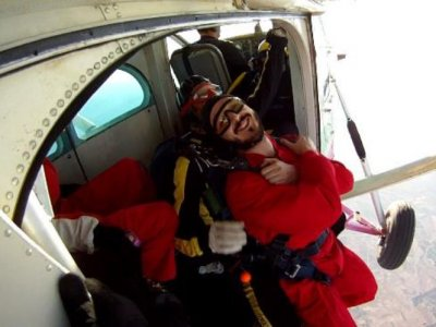 Parachute jump + video and photos in Murcia