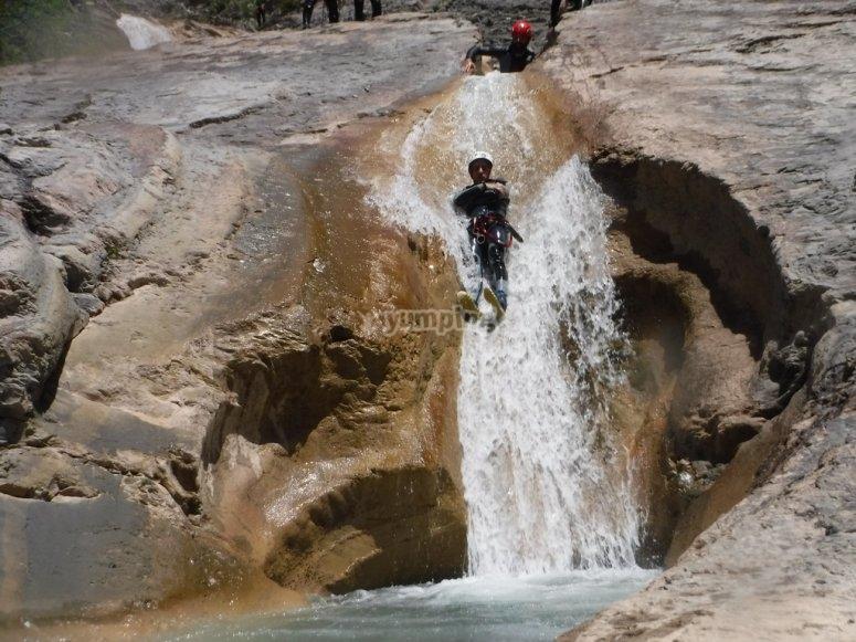 Tobogan en cascada