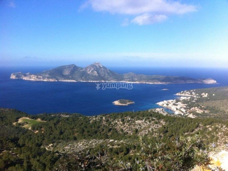 Vistas de la isla Dragonera