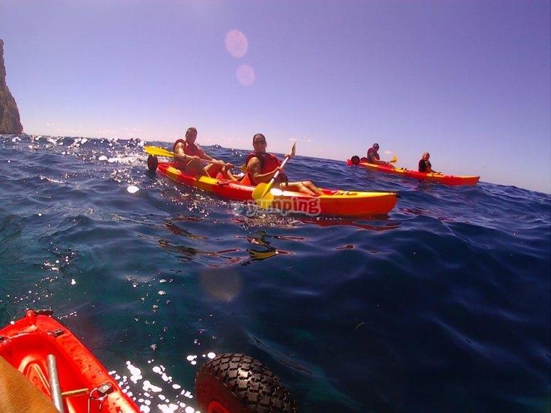 Grupo de embarcaciones