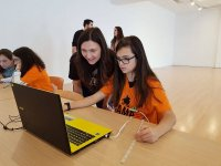 Campamento tecnológico para chicas en Álava