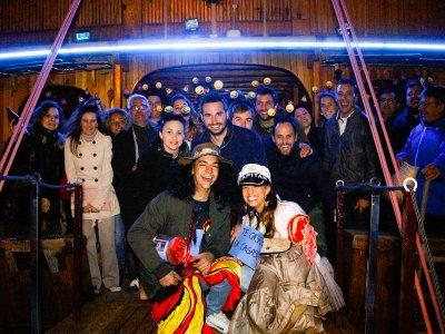 Party boat nocturna buffet y barra libre Mallorca