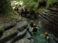 Metidos en el rio