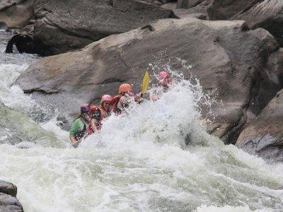 Grupo Explora Casteret Rafting