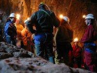 洞穴中的解释