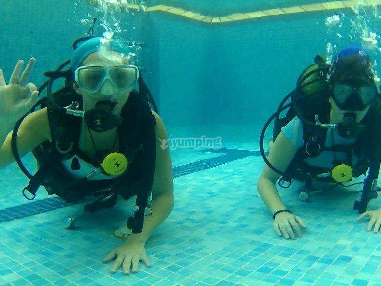Scuba diving session in Fuenlabrada