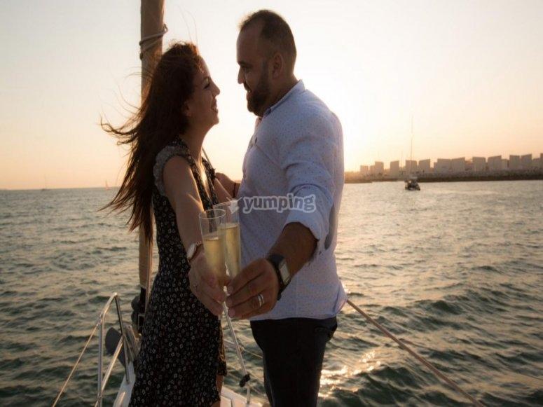 Paseo en velero para parejas por Cádiz