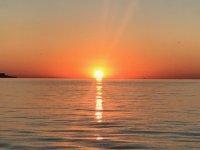 Puesta de sol en bahía de Cádiz