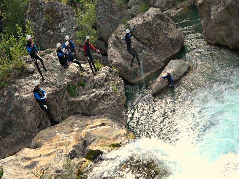 Ventano del Diablo的水上跳跃运动