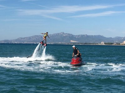 20-Minute Flyboard Ride in Cambrils