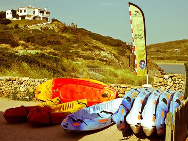 kayaks esperando