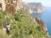 Routes along the cliffs