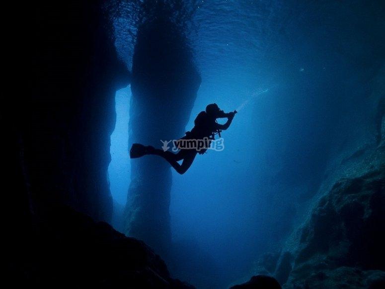 En las profundidades