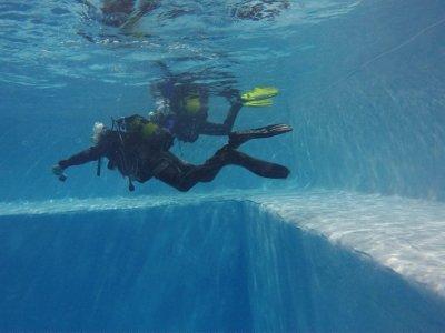 Bautismo de buceo en foso Fuenlabrada a 8 metros