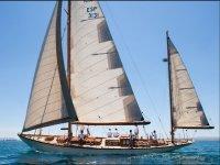 Noleggio barca a vela classica
