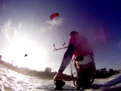 Bautismo de kitesurf en grupo, 4 horas, Santander