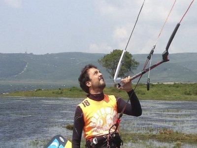 Bautismo de kitesurf en pareja, 2 horas, Santander