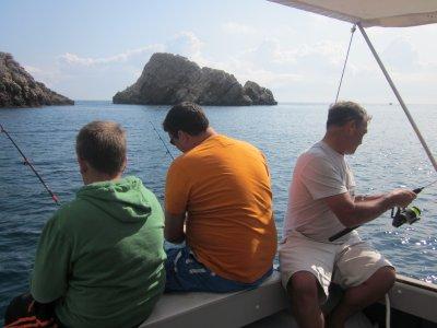 在BaixEmpordà钓鱼,4小时