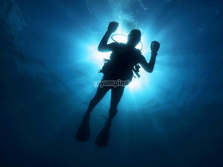 Flotando en las profundidades