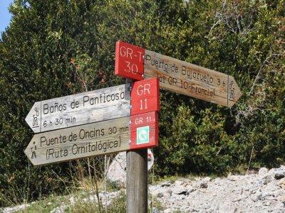 比利牛斯山脉徒步旅行和难民计划,为期5天