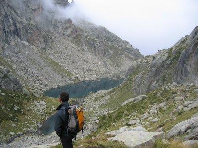 由比利牛斯山脉的巨人徒步旅行,为期6天